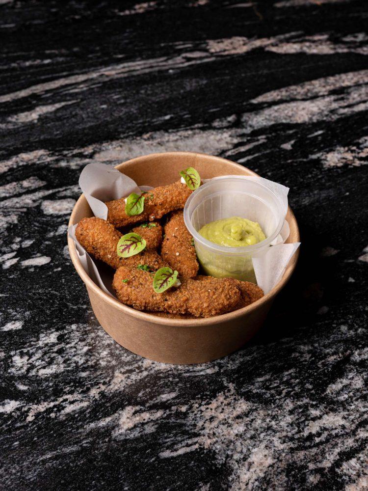 Nuggets de proteína de guisante y trigo